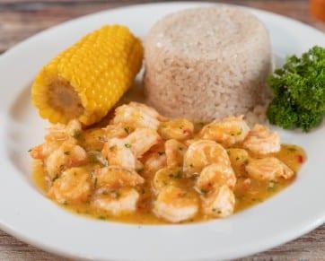 Camarones al Ajillo con arroz con coco